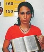 Anna Carolina Jatobá vira evangélica e prega para as detentas no presídio