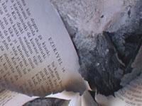 """Muçulmano pede proibição da Bíblia: """"tem trechos imorais e é um insulto a todos os muçulmanos"""""""