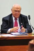Deputado evangélico apresenta projeto de plebiscito para saber se Brasil quer legalização total do casamento gay