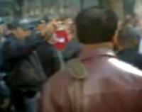 Pastor é detido em público em São Paulo por pregar contra homossexualismo; Policiais usaram spray de pimenta. Assista