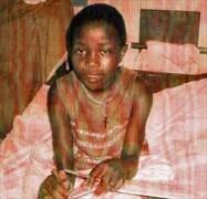 Menina de 14 anos é torturada pelo pai por ter aceitado a Cristo