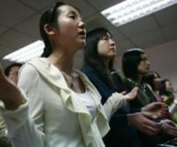 Em poucos anos 14% dos evangélicos desistiram das denominações e estão sem igreja