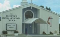 Casal comete suicídio juntos na mesma igreja evangélica que se casaram 40 anos antes
