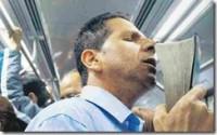 Pregações e orações em trens fazem bem ou fazem mal? Empresa proibe, pastor continua e polêmica aumenta