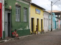 Pastor briga com delegado evangélico porque não quer que casas de prostituição perto de sua igreja sejam fechadas