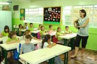 """Rio de Janeiro contratará centenas de professores de religião para ensinar """"valores morais"""" para crianças"""