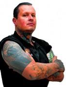 Expocristã: Evangélico pode fazer tatuagem? Pastor brasileiro com 170 tatuagens no corpo lança livro em feira