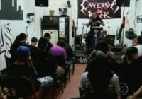Igreja evangélica Caverna do Rock: Com tatuagens, piercings e louvor em heavy metal, conheça a igreja dos roqueiros de Cristo