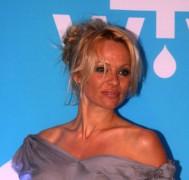 Famosa modelo erótica Pamela Anderson será a mãe de Jesus em programa de comédia especial de Natal