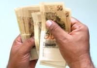 Pastor tem direito a receber 13º salário? Economista evangélico defende que sim