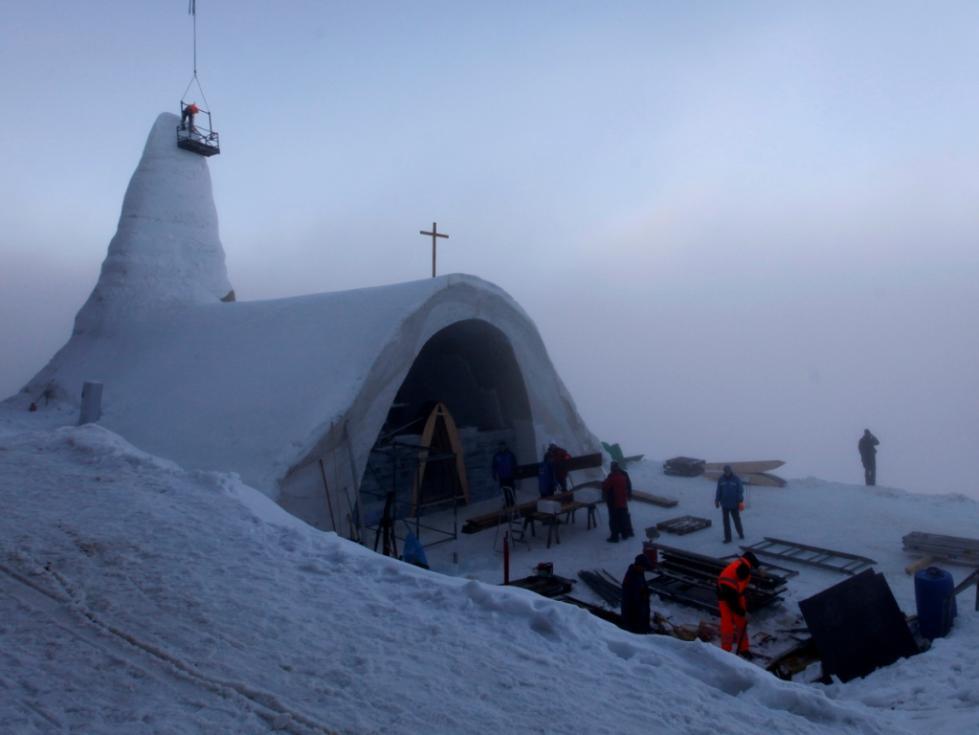 Missionários vão até às zonas mais frias do planeta para evangelizar população isolada