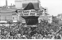 Escola de samba prepara alegoria de Jesus Cristo mendigo para o carnaval