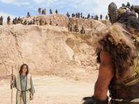 """Terceiro episódio da minissérie milionária """"Rei Davi"""" mostrará a batalha de Davi contra o gigante Golias"""