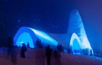 Igreja feita totalmente de gelo e neve é inaugurada. Veja fotos