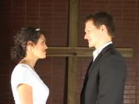 """Vídeo promovendo o """"Dia da Pureza"""" incentiva jovens a não fazerem sexo antes do casamento e vira sucesso na internet"""
