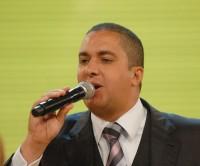Vaquinha de fiéis arrecada R$ 45 mil e livra cantor e pastor Waguinho da prisão por falta de pagamento de pensão alimentícia