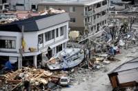 Campanha cristã de prevenção de suicídios ajuda vítimas do terremoto no Japão; tragédia completa um ano