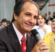 Pastor Silas Malafaia comenta lei de vereadores que proíbe distribuição de kit gay em escolas do Rio de Janeiro