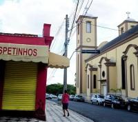 Vereador evangélico cria projeto de lei que proíbe bares próximos a igrejas
