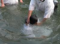 Mulher pode ser presa por ter batizado seus dois filhos sem consentimento do ex-marido