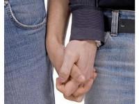 Igreja Luterana na Alemanha permite que pastores homossexuais vivam com seus parceiros na casa pastoral
