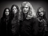 Integrantes da banda Megadeath afirmam que a fé em Deus os fez voltar a tocar heavy metal juntos