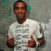 Jogador Richarlyson participa de cultos em Belo Horizonte para se afastar de polêmicas