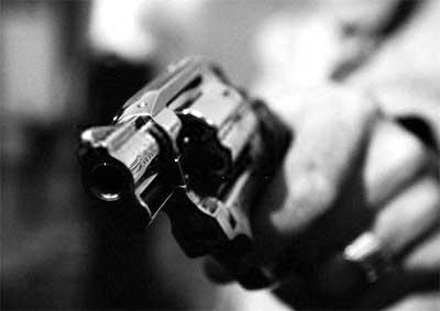 Homens matam motociclista perto de carro-forte e escolta reage, no CE