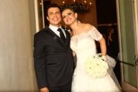 Ceará, o Silvio Santos do programa Pânico, se casa com Mirella Santos em cerimônia evangélica
