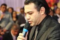 """Marco Feliciano comenta política nacional e afirma que é possível ser político e exercer pastorado: """"Minha vida é testemunho"""""""