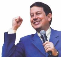 Missionário R.R. Soares tentará, nas próximas eleições, incluir mais um de seus filhos na política