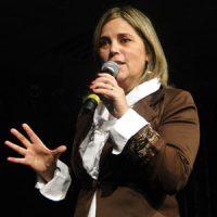 """Marisa Lobo fala sobre os """"psicopatas da fé"""", líderes religiosos que usam o evangelho para manipular os fiéis"""