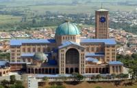 Organização missionária muda abordagem evangelística na cidade de Aparecida do Norte para evitar atritos com católicos