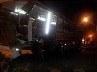 """""""Deus me salvou"""", afirma sobrevivente de acidente entre trem e ônibus de evangélicos"""
