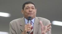Apóstolo Valdemiro Santiago teria doado R$ 5 milhões à campanha de candidato à prefeito, afirma jornalista