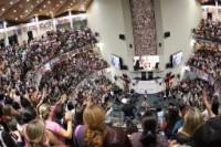 """2º Congresso de Mulheres do Diante do Trono reúne 6 mil pessoas com o tema """"Mulher Virtuosa"""""""