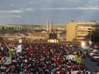 Evangélicos lotam Esplanada dos Ministérios na Marcha para Jesus em Brasília