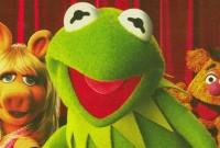 Pastor protesta contra casamento gay e pede pena de morte a bonecos dos Muppets