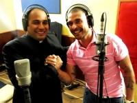 """Padre pagodeiro grava CD com """"samba oração"""" e defende estilo musical: """"É algo fabuloso pra evangelização"""""""