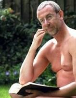 Reverendo da Igreja Anglicana usa a Bíblia para defender a prática do naturismo