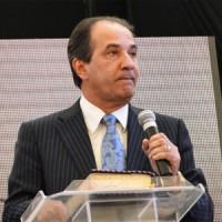 Pastor Silas Malafaia anuncia encontro com líderes evangélicos e Cruzada Vida Vitoriosa para Você em Manaus