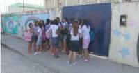 Alunas da Assembléia de Deus são barradas em escola por usarem saia