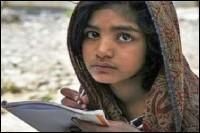 Menina cristã acusada de blasfêmia é libertada no Paquistão