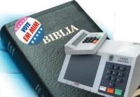 Pastor vota em pastor? políticos, sociólogos e líderes religiosos falam sobre questão