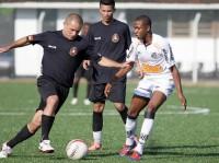 PMs de Cristo: associação realiza jogo beneficente entre policiais do Bope e time sub-20 do Santos F. C.