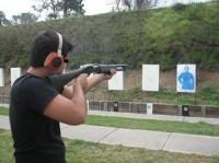 """Pastor oferece curso de tiro gratuito para atrair fiéis: """"Jesus orientou o povo a saber se defender"""""""