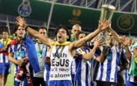 Atacante do Atlético de Madrid Falcao Garcia fala de sua fé, e conta ter ido à igreja com o brasileiro Kaká