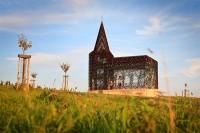"""Projeto inusitado de arquitetos belgas cria a """"igreja transparente"""", veja fotos"""
