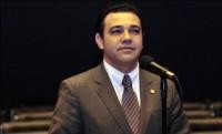 Pastor Marco Feliciano discursa na Câmara em homenagem ao Dia Internacional para a Eliminação da Violência contra a Mulher