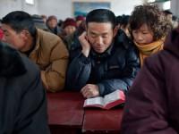 [Igreja Perseguida] China prende cristãos por explicarem significado do Natal em praça pública; País considera a religião uma doença